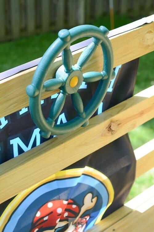 Steering wheel in DIY playset