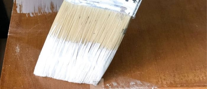 Paint brush doing home diy projects