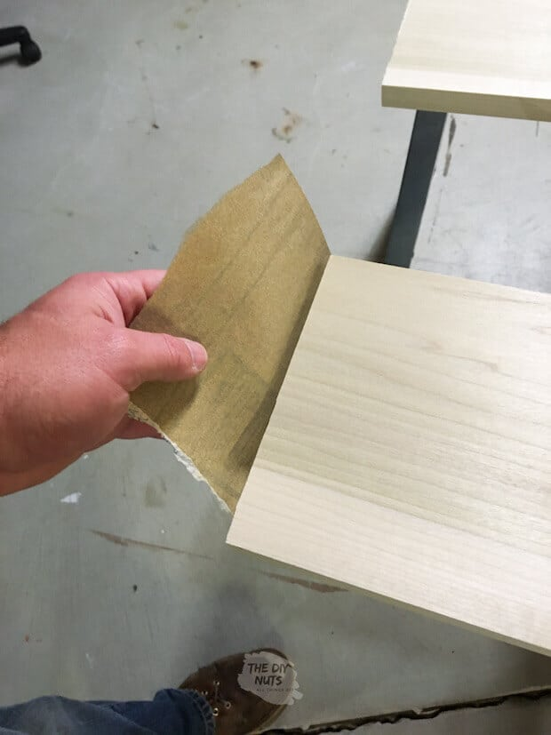 Sanding wood edge after cutting
