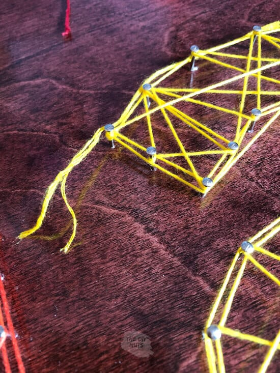 How to end string art in the corner