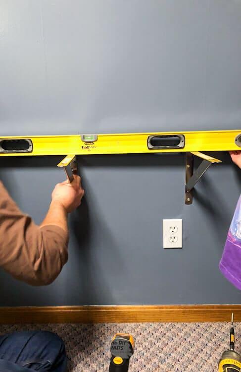 4' level used in desk bracket installation