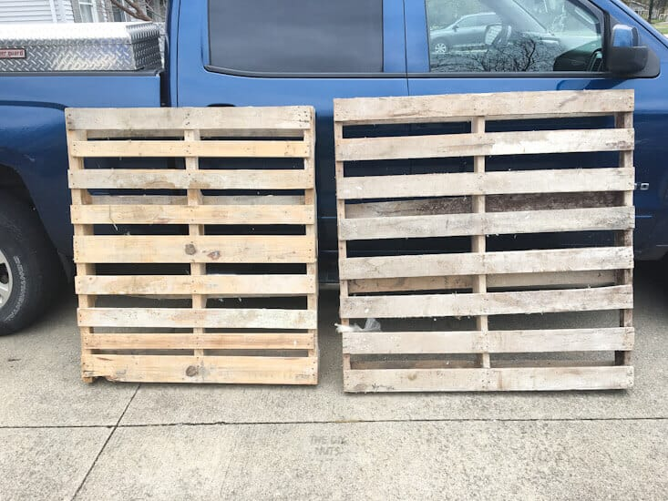wooden pallets used for diy projects