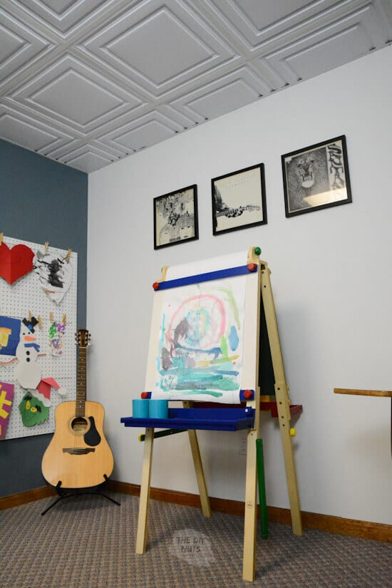 art easel in kid's school room