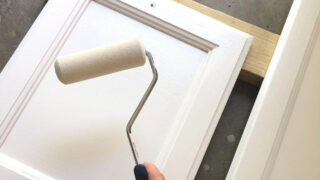 foam white roller painting SW Highly Reflective White on kitchen cabinet door